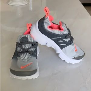 Girls Nike presto sneakers size 9